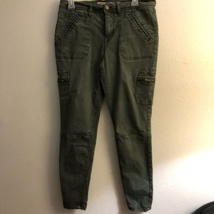 Pants - Olive green mid-rise jeggings